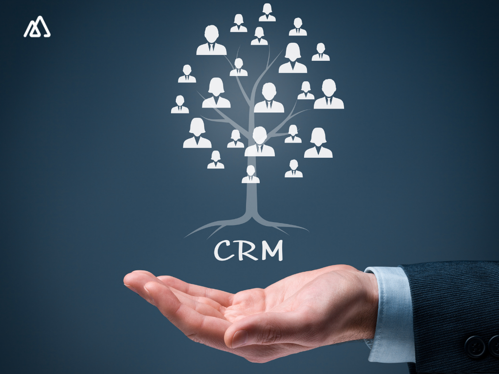 CRM tree with employees on its branches